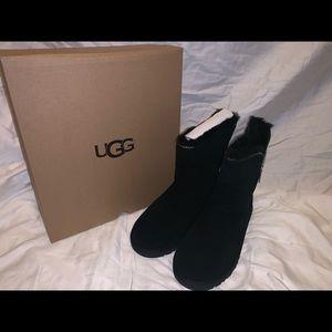 New Black Uggs